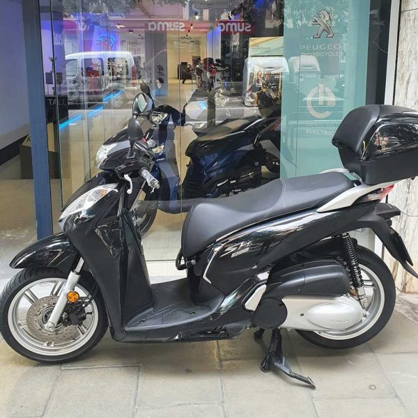 kymco peolpe 125 gti box 34 barcelona motocicleta